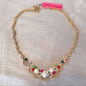 Betsey Pearl Multicolor crystal gold necklace💖